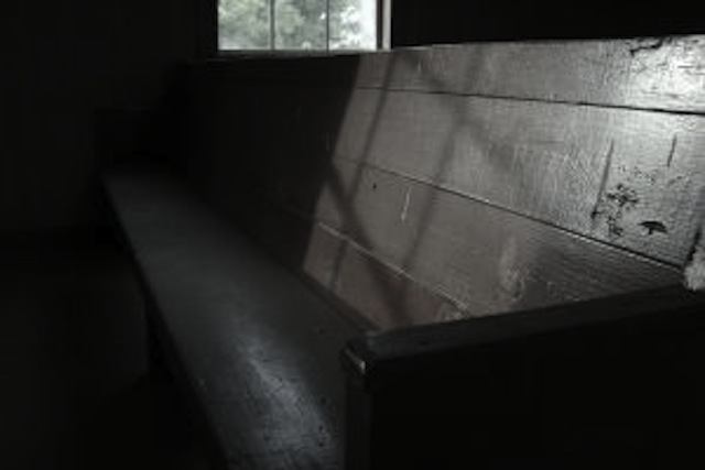 sunlight-church-mississippi-487815-l